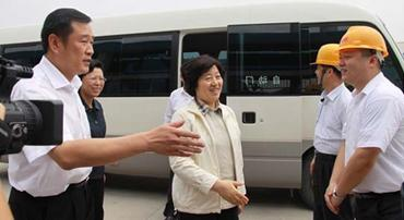 Provincial Party Committee Secretary Sun Chunlan and Governor Huang Xiaojing visited Xinsen Carbon I